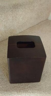 Wooden brown tissue box Waldorf