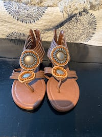 Size 6 heels and sandal  Calgary, T2W 4S5