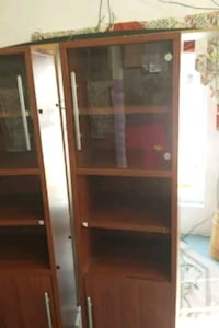 2 wooden shelves with glass windows North Beach, 20714