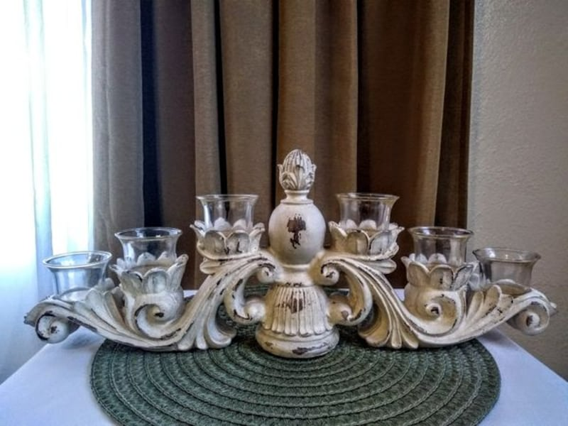 Shabby Chic Candle Centerpiece 600515d6-0661-4aaa-91c2-68413fd9d044