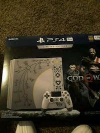 Sony PS4 console with controller box Montgomery, 36116