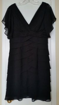 Chic little black dress from Laura - size 10P Toronto