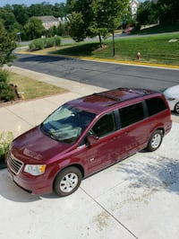Chrysler - Town and Country - 2008 Gaithersburg, 20878