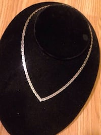 Thick Chain Necklace  Edmonton, T5W 2L5