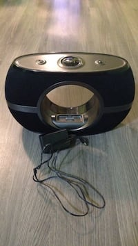 Speaker for iPhone 4 and iPod Calgary, T3J 3M1