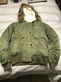 Eckored Coat:Green color (Medium)