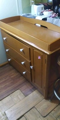 Changing table and dresser Aiken, 29803