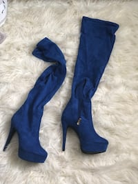 Over the knee boots/ size 8 Columbia, 21045