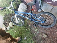 blue and black BMX bike La Porte, 46350