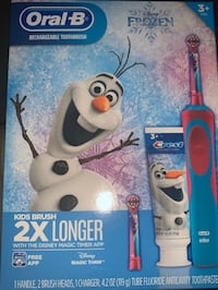 Frozen Oral B Rechargeable Toothbrush gift set Milford, 06460