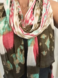 Ikat print scarf with tassels  Gainesville, 20155