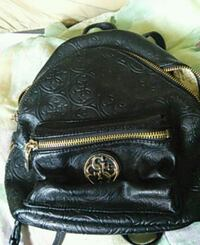 Guess bag Winnipeg, R2W 5J4