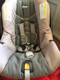 baby's gray and black car seat carrier Marysville, 95901