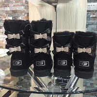 Mommy&me uggs boots 2pairs  4 colors available  Little Rock, 72206