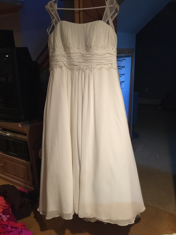 Used David\'s Bridal wedding gown, size 20 for sale in Guilderland ...
