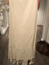 White window curtains Laval