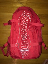 Authentic Supreme backpack Mapleville, 02839