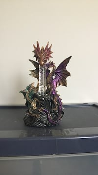 purple and silver winged dragon figurine Dumfries, 22025