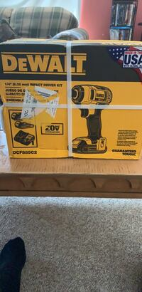 "Dewalt 1/4"" 20v impact driver kit comes with 2 batteries and a charger brand new not even opened  Bear, 19701"