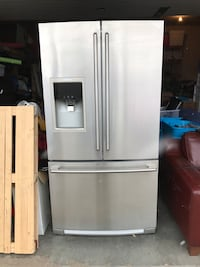 "Stainless steel fridge 36"" wide counter depth it has an issue with the display figures as shown but works ok, previously advertised at $1200 but reduced to reflect display issue  Warman, S0K"