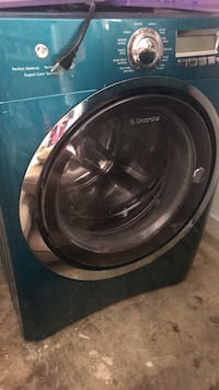 Black and gray front-load clothes washer null
