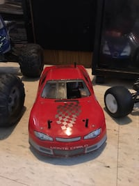 5 rc vehicles for sale two savage one ss and the others a 25. I'll Hamilton