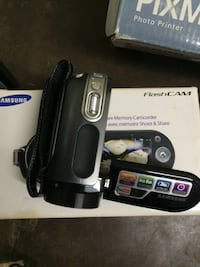 Black samsung flashcam with a brand new power cord Montréal, H2V