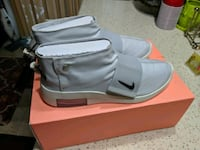 New Air Fear of God Moccasin Pure Platinum size 8 men/ 10 women Silver Spring, 20904