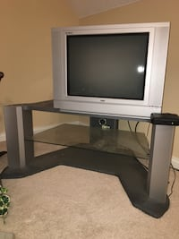 Rca box tv and entertainment stand Evansville, 47725