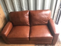 Love seat brand new Georgina, L4P 3E9