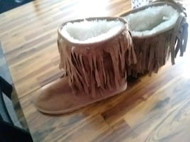 Men or women warm boots size8