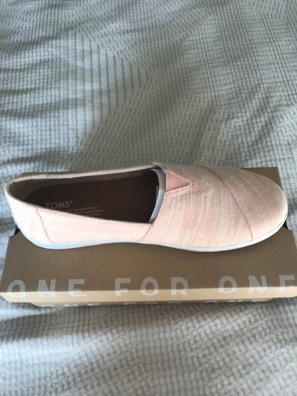 Toms Womens Shoes e43a08a3-6fd1-49c7-904f-a82b2642b097