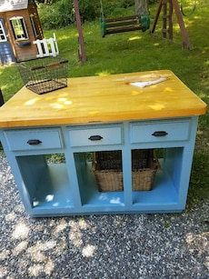 blue and brown wooden cabinet