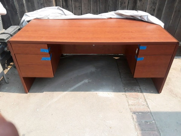 save off 4931a 6fd99 Desk, cherry. 6 foot long x 3 foot wide