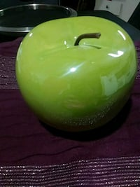 Ceramic Apple Decor Good Size New Braunfels, 78132