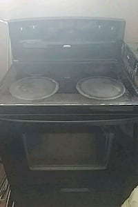 white and black induction range oven Châteauguay