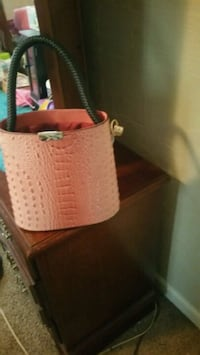 Pink Brahmin style purse  Griffin, 30224