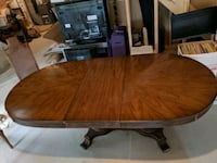 Vintage extendable table with 6 chairs Innisfil, L9S 0B2