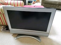 """32"""" TV works great Sterling, 20165"""