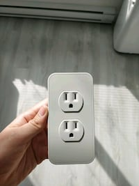 white smart USB power Outlet (Switchmate)