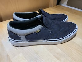 Men's Canvas Vans checked Size 12US Preowned