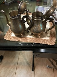 Brass kettles beautiful antiques  Lanham, 20706