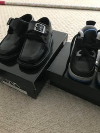 Pair of black leather shoes Brampton, L6S 5S7