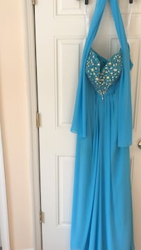F.I.E.S.T.A XXL - Prom Dress worn once-Beautiful - Gorgeous dress and scarf Chesapeake, 23322