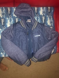 navy blue kids avalanche jacket size L/G Bryans Road, 20616
