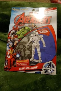 Marvel Avenger 3D METAL MODEL KIT
