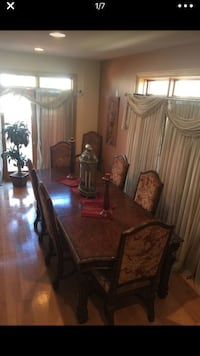 Dinning room with China  Chicago, 60656