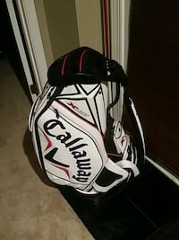Like new Callaway golf bag with rain hood. Chantilly, 20151