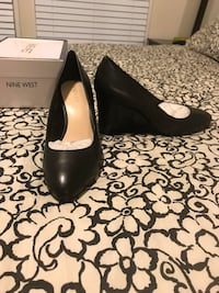 Nine West Jazzin Wedges - Size 9