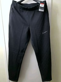 Nike Therma Sphere fleece pants large Mississauga, L5B 3W3
